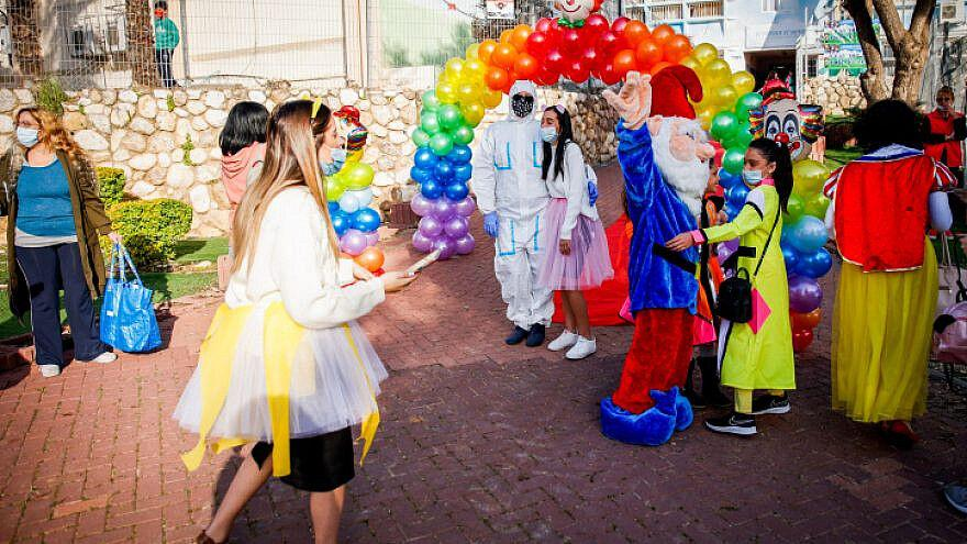 Israeli Government Approves Nationwide Night Curfew For Purim