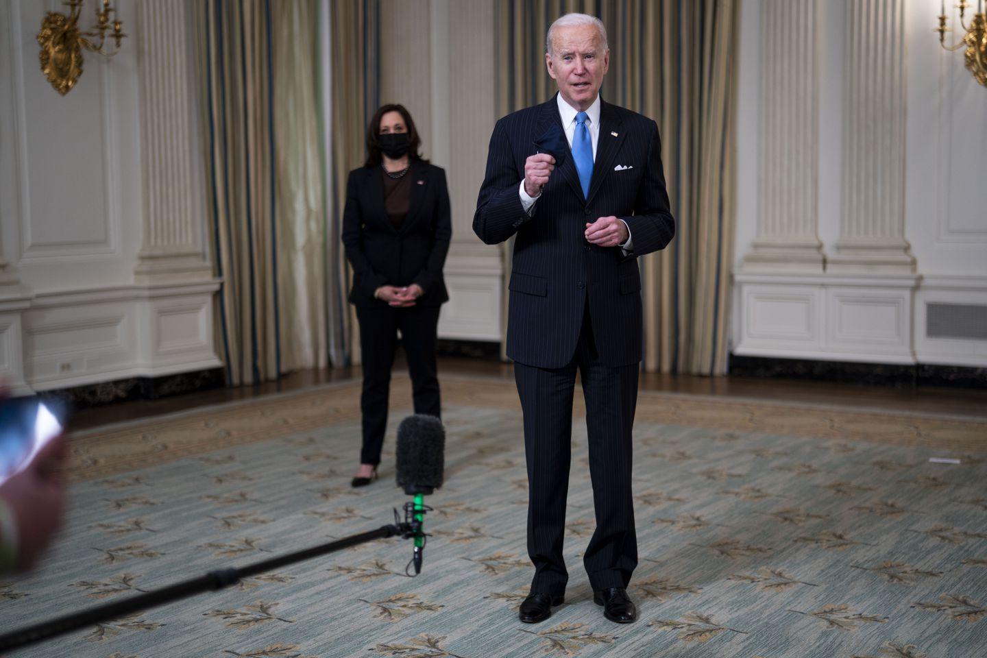 Biden Promises Vaccination For All Adults By End of May
