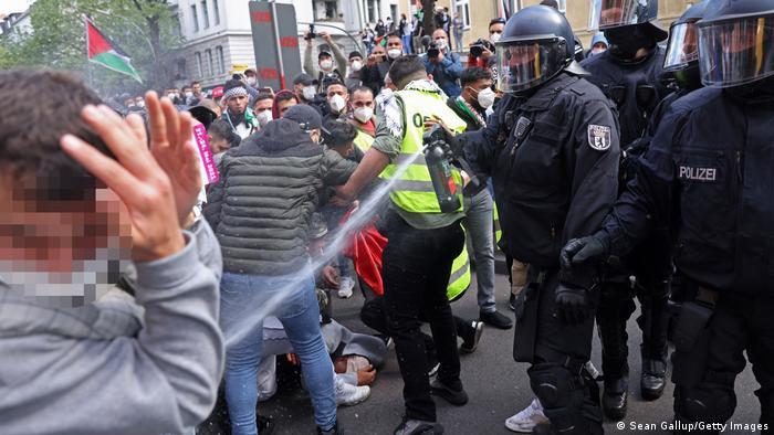 German Politicians Warn Protesters Engaging In Antisemitic Rhetorics