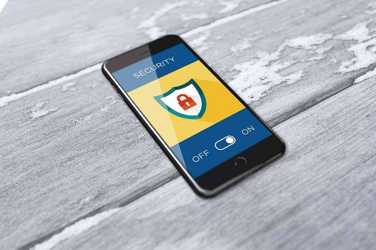 Want To Keep Your Phone Safe From Hackers? All You Need To Do Is Switch it Off and  On