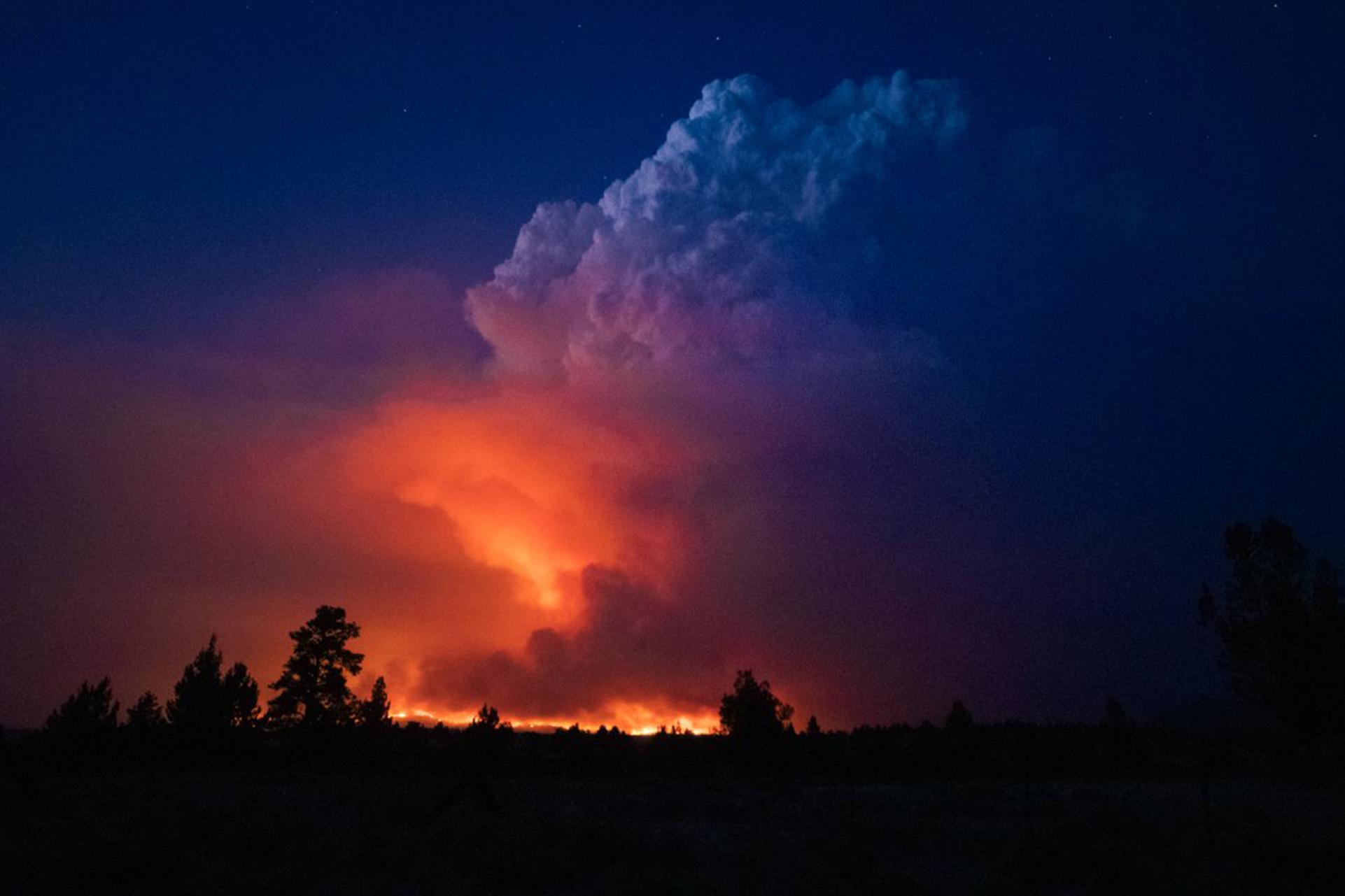 Gargantuan Oregon Wildfire Grows Multifold, Damages Large Strips of Land