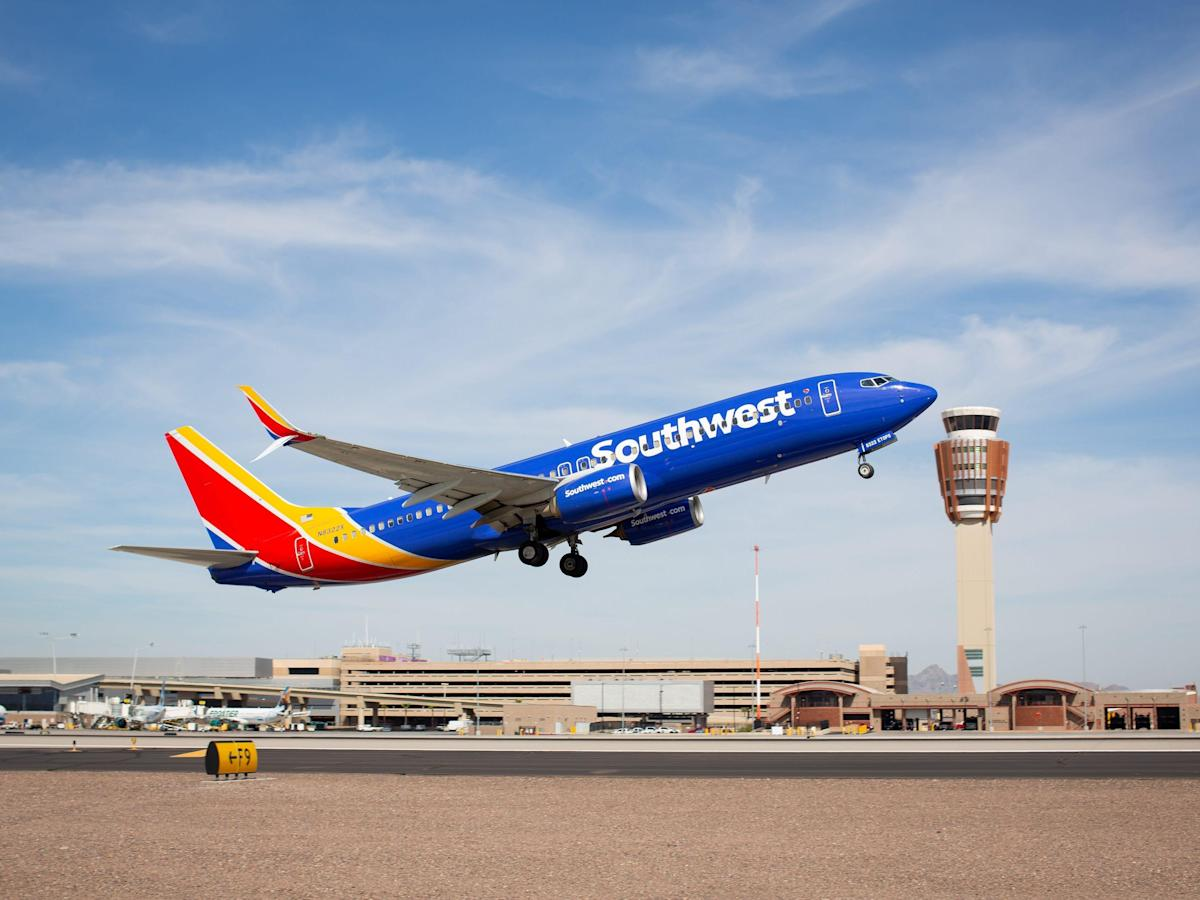 Southwest Airlines Claims Vaccine Mandate Had Nothing To Do With Mass Cancellation of Flights