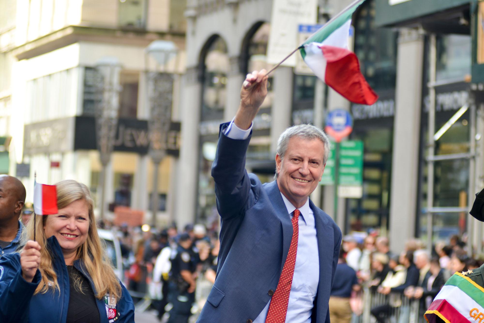 NYC Mayor gets jeered at 2021 Columbus Day Parade