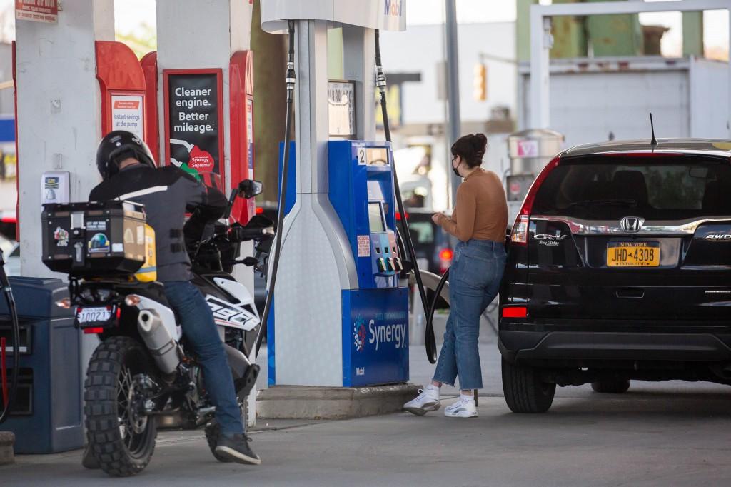 Gas Prices Skyrocket In Manhattan, Hit 7-Year High