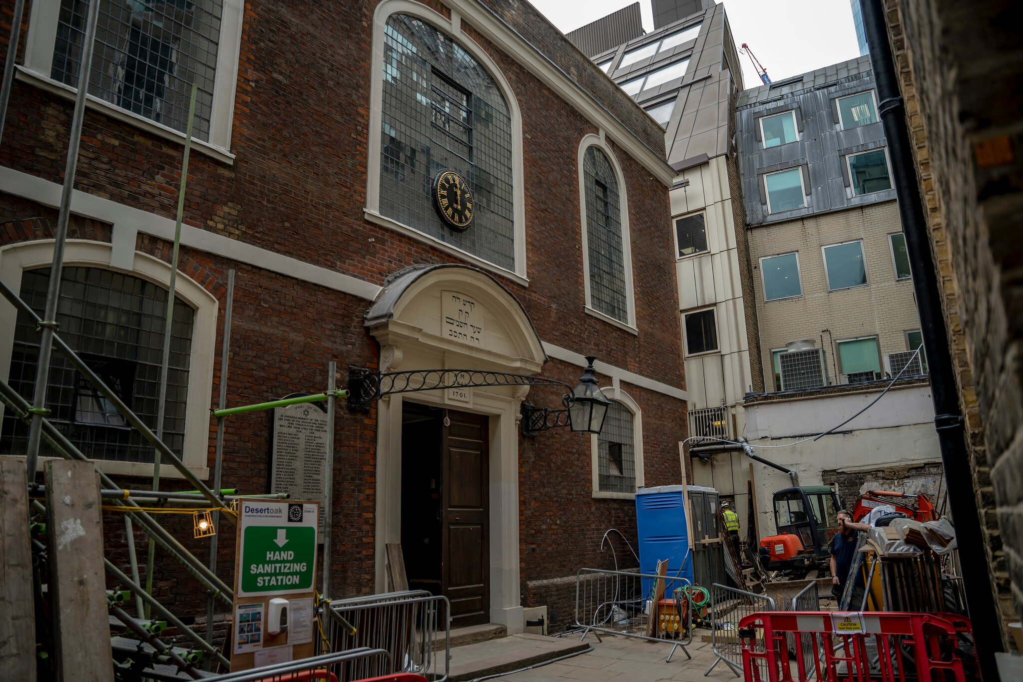 London City Council Votes Against Controversial High-Rise Building Beside Synagogue